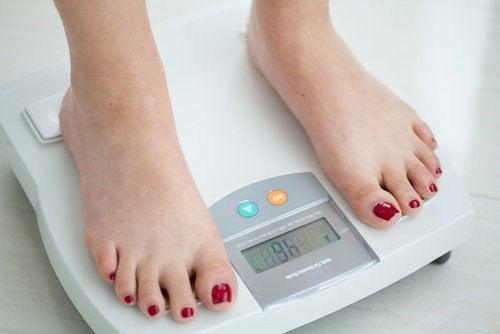 nielusyöpä voi aiheuttaa painon putoamista