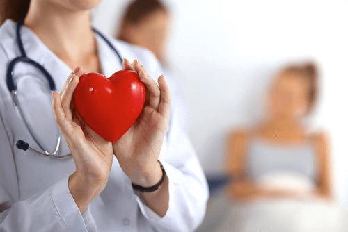 Saksanpähkinät ovat hyväksi sydämen terveydelle.
