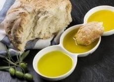 leipä ja oliiviöljy