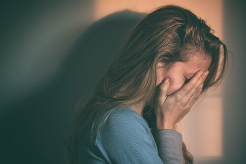 Tutkimusten mukaan masennus liittyy syöpään
