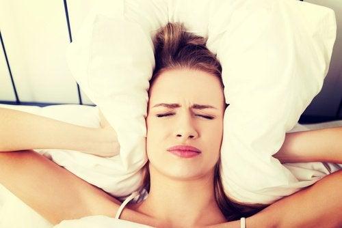 Yleisimmät syyt aamuiseen päänsärkyyn
