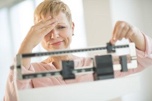 kilpirauhasongelmien oireet: muutokset painossa