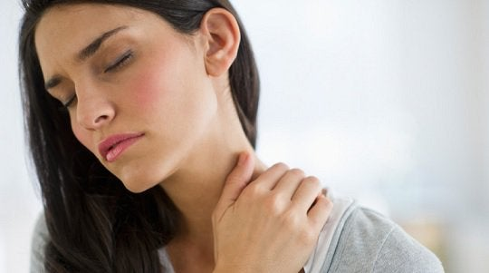 kilpirauhasongelmien: niskakipu