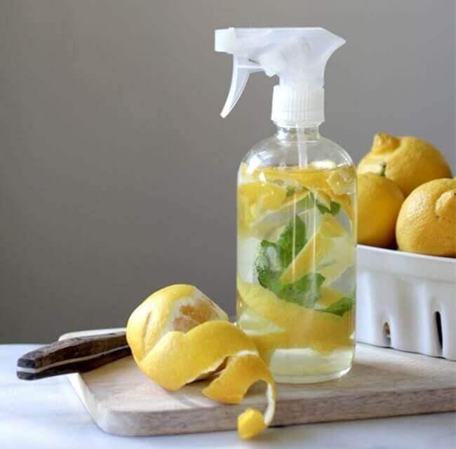 siivoustuote sitruunasta
