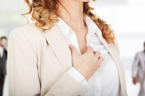 kilpirauhasongelmien oireet: sydämentykytykset
