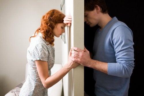 Lähde suhteesta, jos elämäsi saaminen hallintaan sitä vaatii