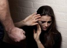 väkivaltainen parisuhde