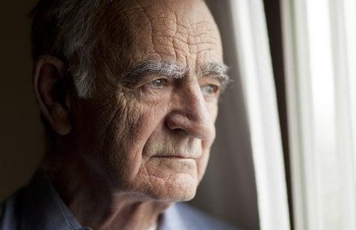 vanhusten masennus