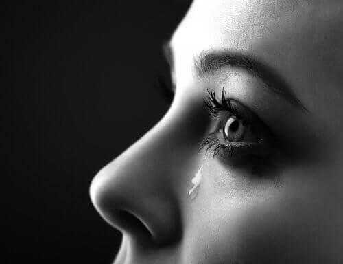 Oletko koskaan miettinyt, miksi itkemme?
