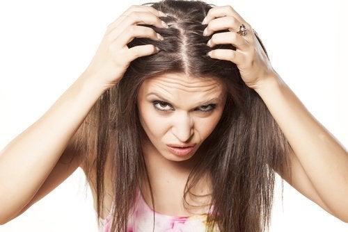 hiusten oheneminen