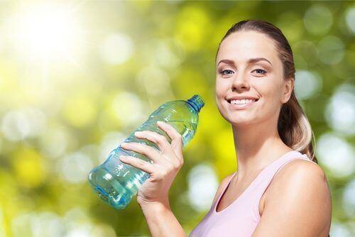 Yhden päivän detox eliminoimaan kertynyttä nestettä vain muutamassa tunnissa