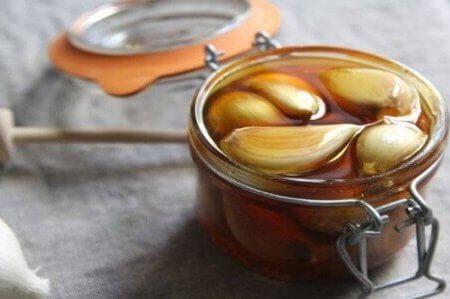 valkosipuli ja hunaja