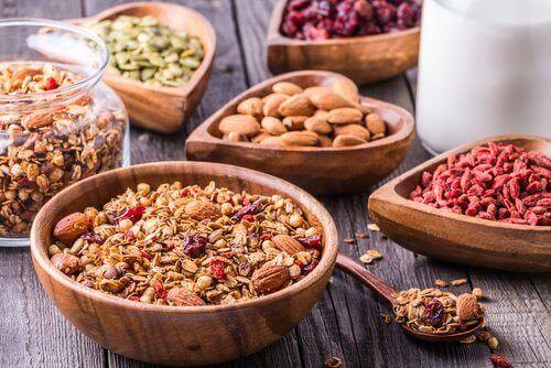 pähkinät ja siemenet