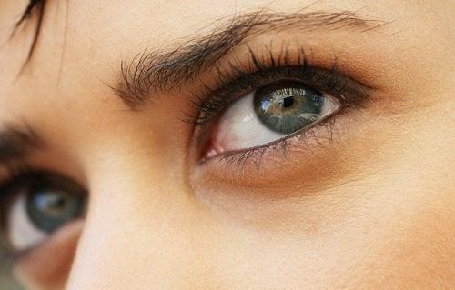Lapsen silmien väri voi muuttua iän karttuessa.
