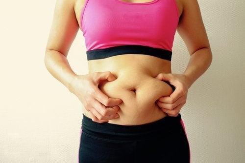 Elimistöön kerääntyvät kuona-aineet aiheuttavat ilmavaivoja.