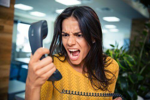 Helposti ärsyyntyminen voi olla seurausta korkeasta verensokerista.