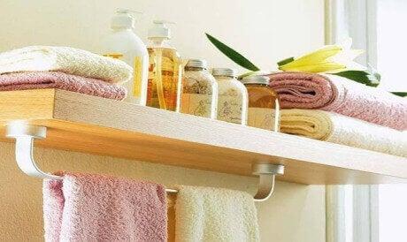 Älä koskaan jätä näitä 8 tavaraa kylpyhuoneeseen