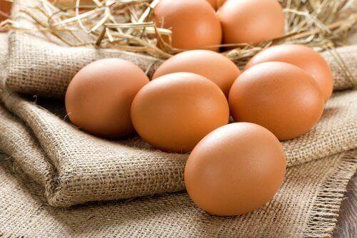 kananmunat ovat hyviä hiuksille