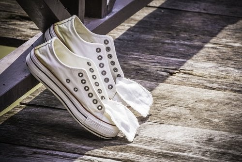kengät kuivumassa