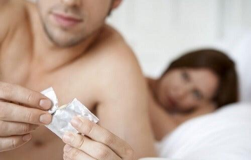 kondomi on paras tapa suojautua sukupuolitaudeilta