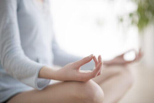 5 avainta päätösten tekemiseen - keskity hetkeen ja harjoita läsnäoloa.
