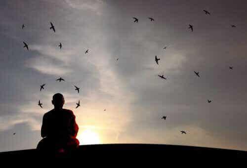Hiljaa olemisen hyödyt terveydelle