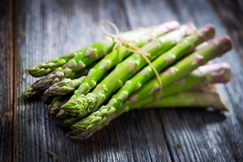 syä antioksidanttipitoista parsaa