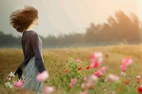 Tasapainon löytäminen elämään luo onnellisuutta.