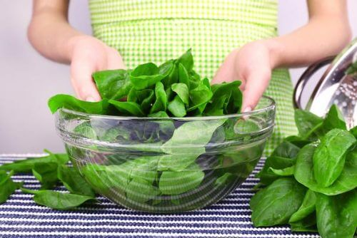 kontrolloida kolesterolia vihreiden lehtikasvisten avulla