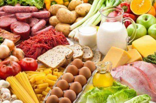 Pidät silmien terveyttä yllä syömällä monipuolisesti ja terveellisesti.