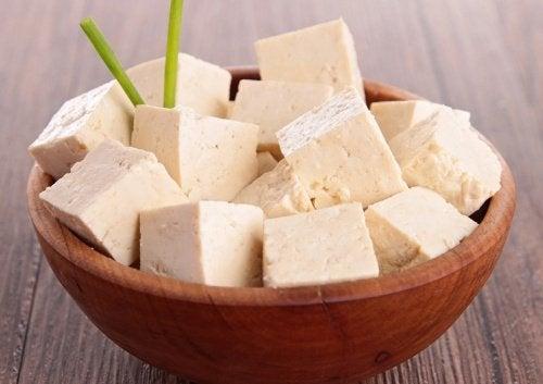 tofu auttaa lievittämään polvikipua