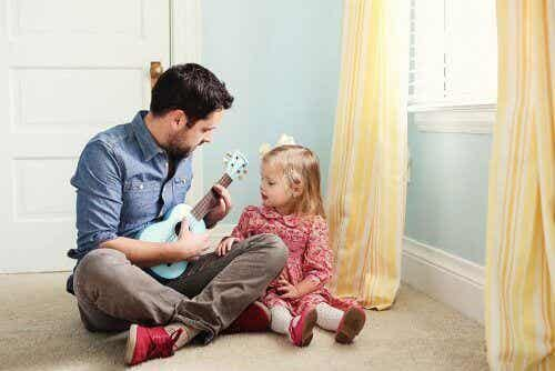 8 asiaa, jotka isän tulisi tehdä kasvattaakseen tyttärestään vahvan naisen