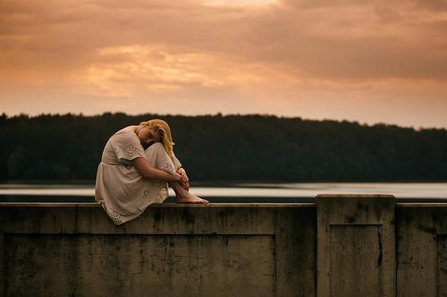 yksin ja hiljaa oleminen