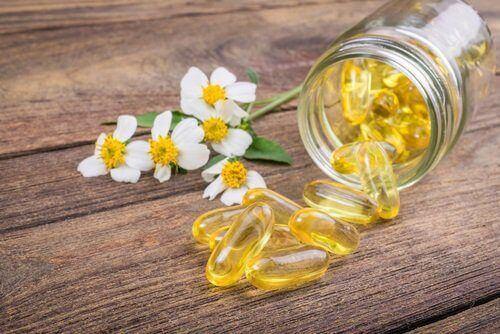 E-vitamiiniöljyn avulla pääset eroon kynsitikuista.