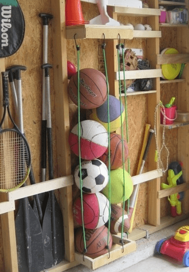 Urheilupallot järjestykseen