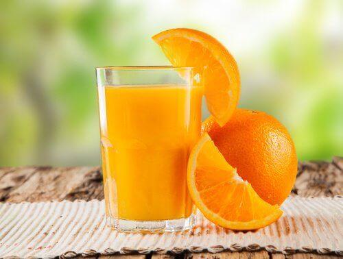 appelsiinimehu puhdistaa paksusuolta