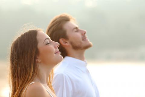 rauhallinen pariskunta