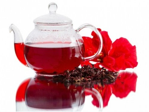 hibiskus tee on luonnollista diureettia
