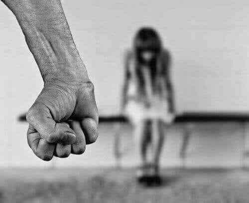 Lasten hyväksikäyttö - opettele olemaan tarkkana