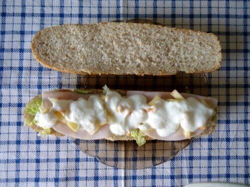 leipäsiivut aamiaisella