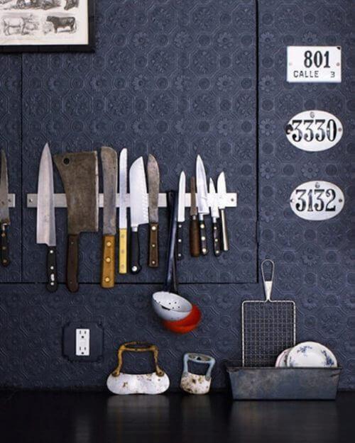 magneettitanko veitsille