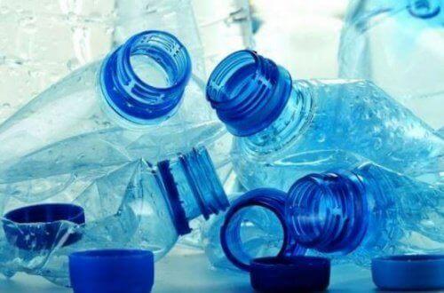 Pullotettu vesi - vältä sitä näistä 5 syystä