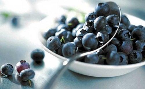 Mustikat sisältävät runsaasti antioksidantteja.