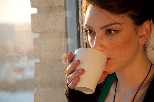 4 teetä ruoansulatuksen parantamiseksi