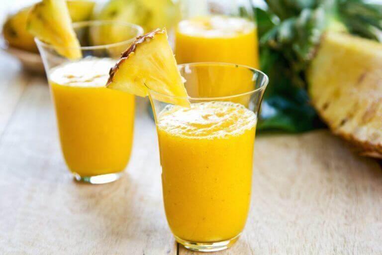 ananasmehut hoitavat nesteturvotusta
