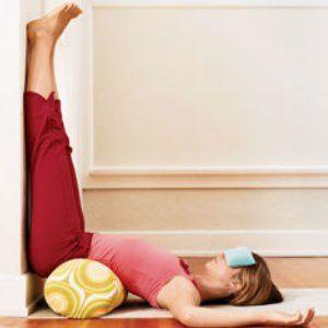 vähennä stressiä nostamalla jalat ylös