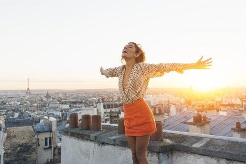 itsesi hyväksyminen ja onnellisuus