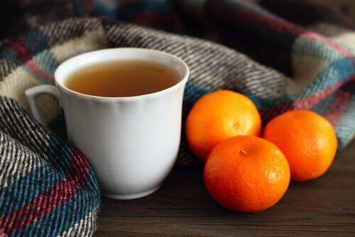 vähennä stressiä juomalla mandariinihauduketta