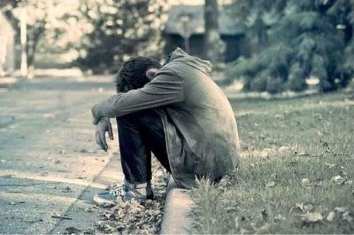 masentunut ja yksinäinen