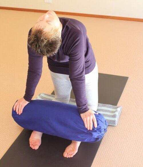 vähennä stressiä venyttämällä käsivarsia